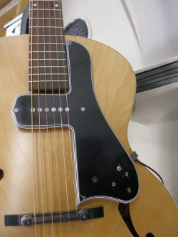 Lollar McCarty style pickup is perfect for the Godin 5th Avenue